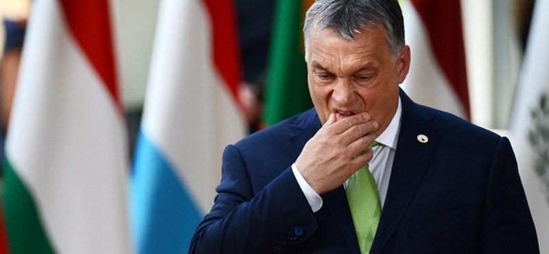 Orbán: A kormány okos volt, hogy nem engedte a sportot és a politikát összekeverni