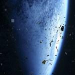 Egy-két tonnányi szemét zuhan vissza a Földre az űrből – naponta