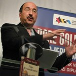 Zárt ajtók mögött tárgyalt Lázárékkal az izraeli kormányfő tanácsadója