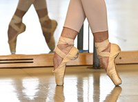 Névtelen vádak után függesztették fel a Berlini Állami Balettiskola vezetőit