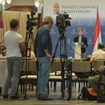 Heteken belül megveszi a magyar állam az Erste Bank 15 százalékát