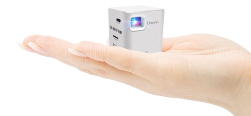 Ilyen a világ legkisebb projektora