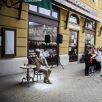 Nagyon kiakadt a szobrász: nem engedi felállítani a műveit Pécsen