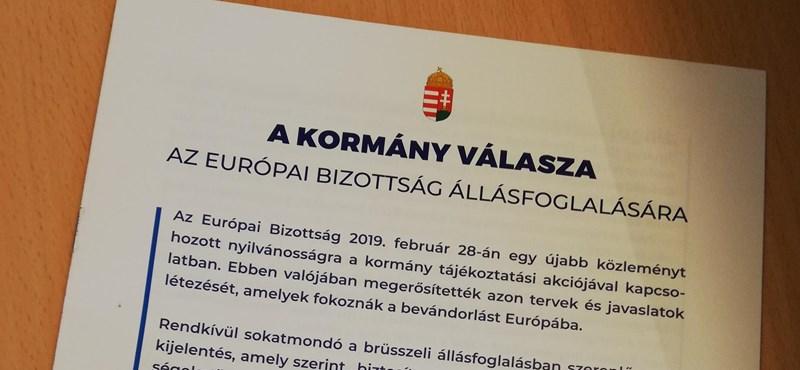 Orbán ígérete ellenére a kormány kedvenc lapja belehúzott a Brüsszel-ellenes kampányba