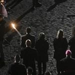 Szíriai menekültcsalád vitte Jézus keresztjét Ferenc pápa megemlékezésén