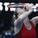 Román teniszezőn viccelődik a Charlie Hebdo