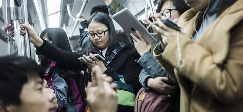 Az okostelefon simogatása kevés, attól még lehet, hogy nem ért hozzá