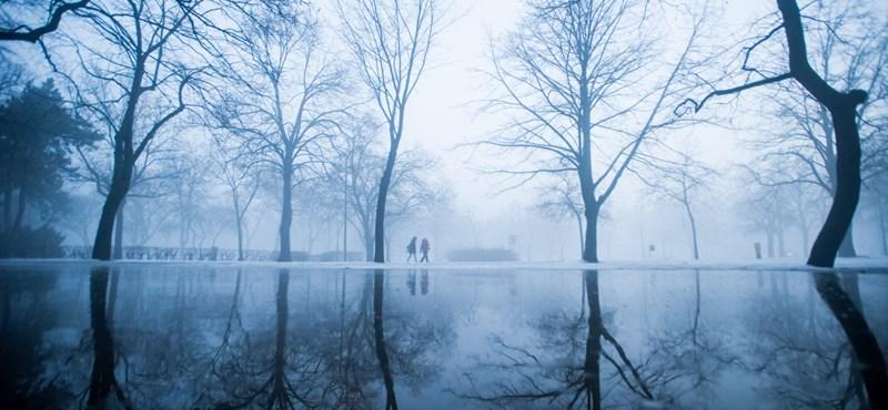 Csodákat művelt Latyakvárossal a reggeli köd - képeslapok a Városligetből