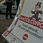 """""""A pénz túlnyomó többsége Fidesz-közeli vállalkozásokhoz jutott"""""""