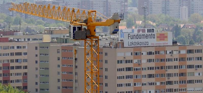 Az Erste felfüggeszti a lakástakarékok eladását