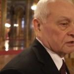 """Fideszesek: Az ellentüntetők """"kimerítették az élősködés fogalmát"""" - videó"""