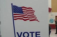 Tömött sorokban várakoznak az emberek az előválasztáson Wisconsinban