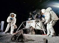Ami miatt rettegtek a holdra szállástól: embernyelő homok, űrbéli kórságok, fullasztó holdpor