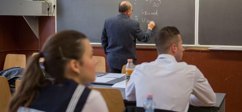 Megszólalt a debreceni gimnázium leváltott igazgatója