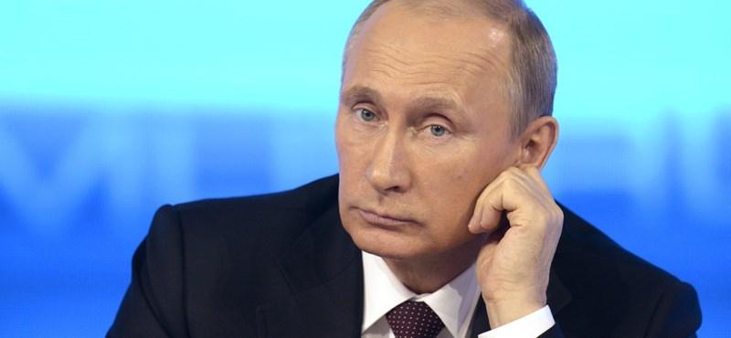 Putyin hazudott a csapatkivonásról?