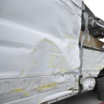 Fotó: Furgonnal ütközött a 2-es villamos