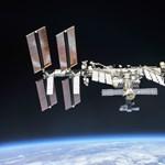 Fotó: Így néz ki a Nemzetközi Űrállomásról, ha közeledik felé egy űrhajó