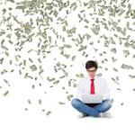 Csend fogadta a milliárdos felajánlását: egy egész évfolyam diákhitelét kifizette