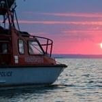 Vízi rendőrök mentettek ki egy úszót a Balatonból