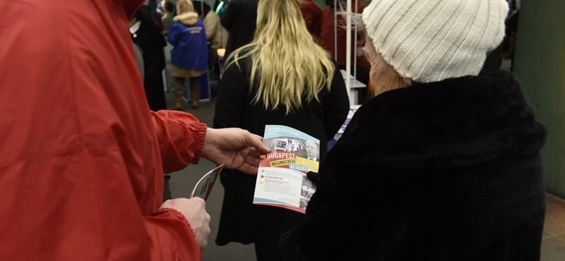 Már gyűjtik az aláírásokat a 3-as metrós népszavazáshoz – fotók