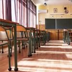 Az angol iskolák egy nappal korábban zárhatnak be a téli szünet előtt