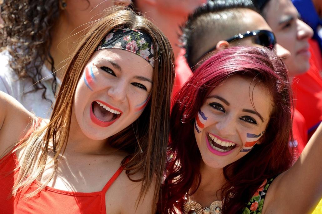 afp. vb-lányok, foci-vb 2014, szurkolók - 2014.06.20. San Jose, Costa Rica