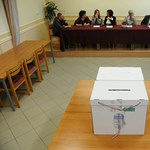Délutánra lendületbe jöttek a veszprémi szavazók