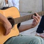 Eltűnik a zene a tantervből? Nem csak itthon kap egyre kisebb szerepet a művészeti nevelés