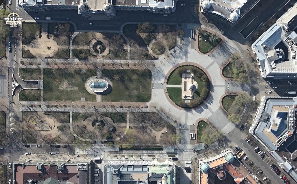 e! NAGYÍTÁS Szabadság tér elnéptelenedett budapest légi felvételek