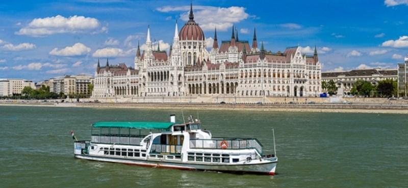 36 millió forintot ért a Dunán elsüllyedt hajó