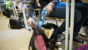 Minisztérium: csak jóváhagyott tankönyvet rendelhetnek az iskolák