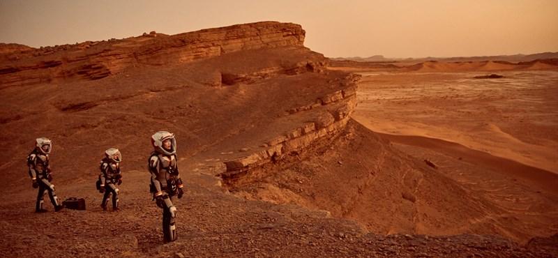 Holnap végre ön is megnézheti, hogyan száll le az első ember a Marsra