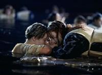 Sokkolja a rajongókat a Titanic alternatív befejezése