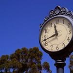 Mikor lesz a 2015-ös óraátállítás, a tavaszi szünet és az érettségi?