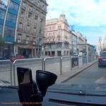 Videó: Ilyen az, amikor a pesti taxison kívül mindenki betartja a szabályokat