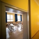 Tesztelik a tanárokat tanévkezdés előtt Madridban