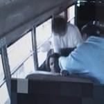 Saját tanárai bántalmaztak egy 10 éves diákot
