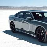 Tömény, V8-as hangokkal kísért videón a Dodge Charger története