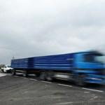 A négyes baleset után újra járható a 71-es főút