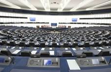 Felmérés: Az európaiak jogállamisági mechanizmust akarnak