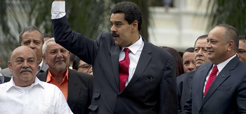 A nap, amikortól Chávez már nem elnök, de mégis az