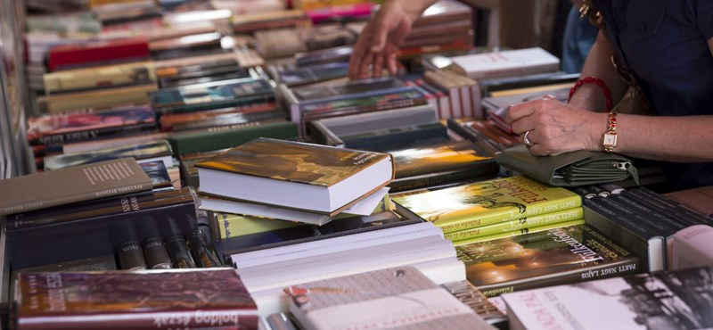 Nemzeti Könyvesbolt: Kezdjenek rettegni az államtól a könyvkereskedők?