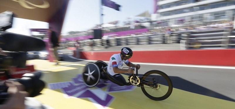 Aranyérmes lett a paralimpián a volt Forma-1-es pilóta