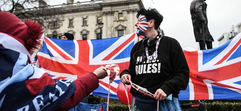 Továbbra is nagyon kell a briteknek az olcsó munkaerő
