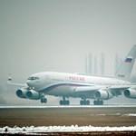 A pillanat, amit vártunk: landolt Putyin gépe Budapesten