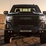 Ez a hegyomlásnyi amerikai pickup sok sportkocsit is legyorsul