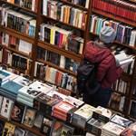 Fenyegetik, zaklatják a könyvkereskedőket, támadás indult a könyvszakma ellen