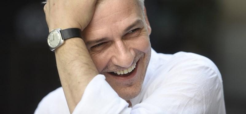 Fideszes ráhatásra mondhatták le Alföldiék pécsi fellépését