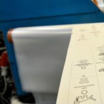 Késve adták fel a külhoni magyaroknak a szavazáshoz szükséges levélcsomagokat