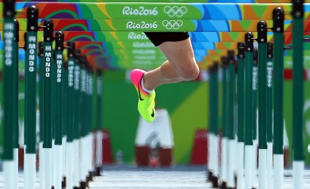 epa.16.08.18. - Az osztrák Dominik Distelberger a férfi tízpróba 110 méteres gátfutásának előfutamában augusztus 18-án. - olimpia, riói olimpia 2016, olimpia 2016